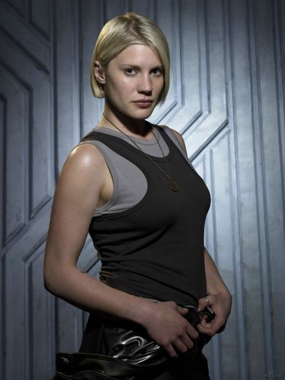 [Image: Katee-Sackhoff-Kara-Thrace-Starbuck.jpg]