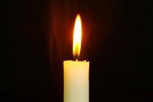 candle-759143_640